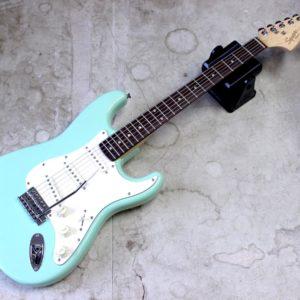 Squier FSR Affinity Stratocaster SFG/R