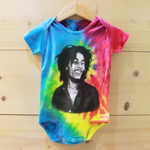 Bob Marley Smile Tie Dye ベビー ロンパース
