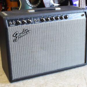 Fender USA 65' Deluxe Reverb 22W